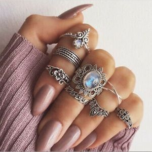 Jewelry - Boho Silver Above Midi Finger Knuckle Rings Set